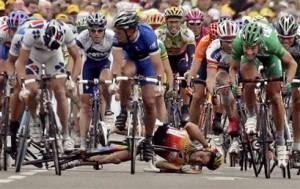 Isaac_Galvez_of_Spain_causes_bike_accident